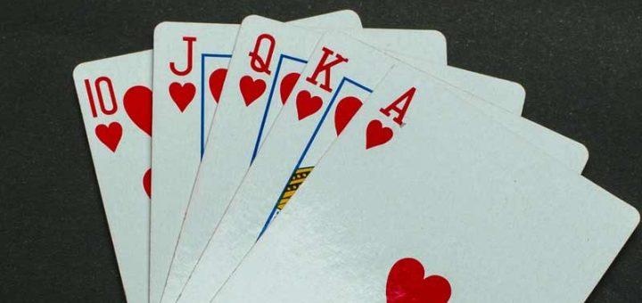 jeux de carte rami Astuces utiles pour favoriser son gain au rami et à la roue